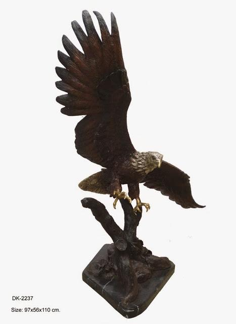 Flying Eagle on Tree 43""