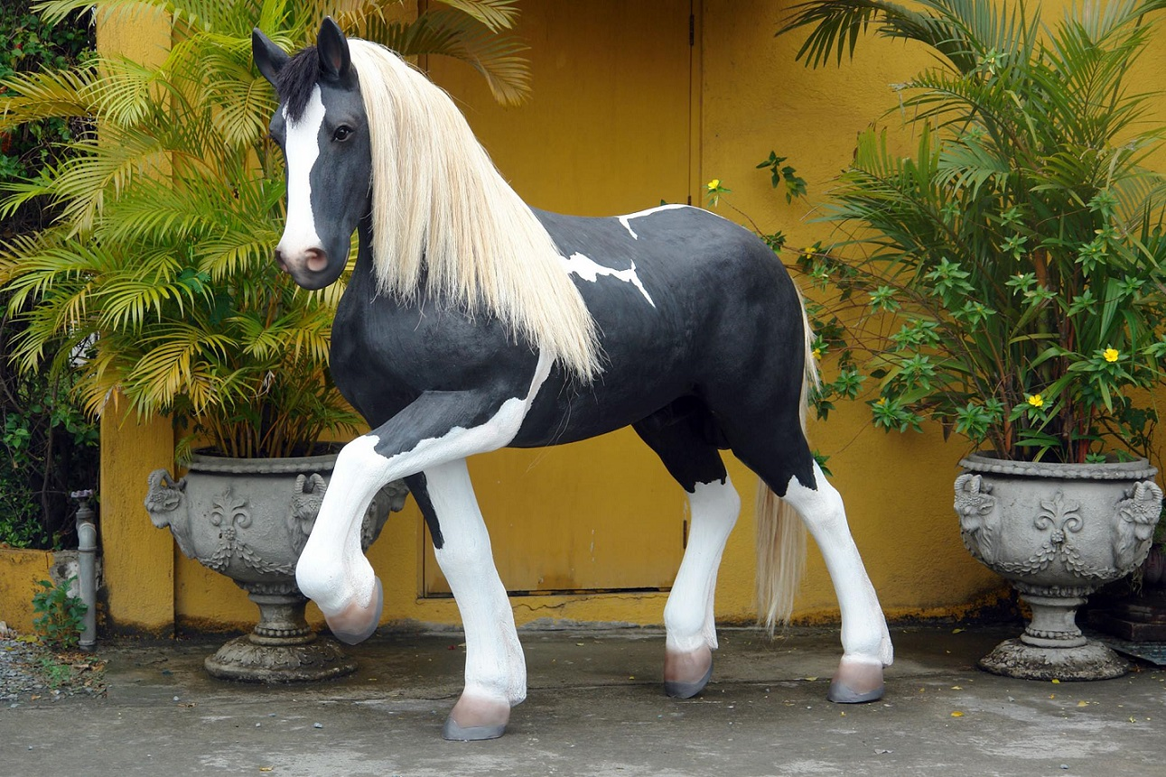 Piebald Horse (black and white) 6ft.