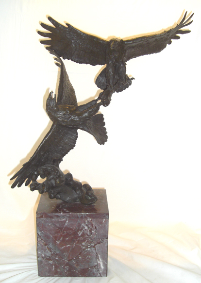 Eagles Fighting Bronze