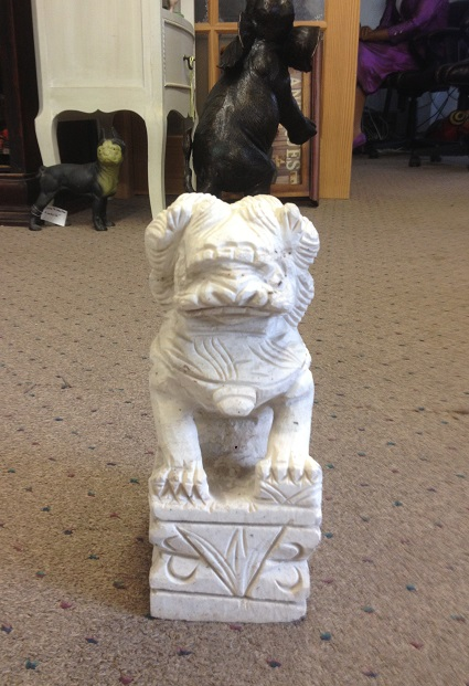 Chinese Mable Foo Dog 10'