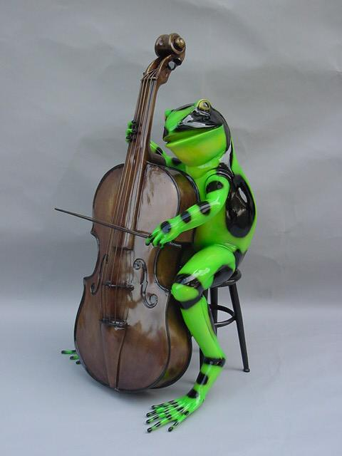 Frog with Cello