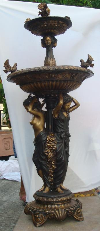 3 Ladies Fountain